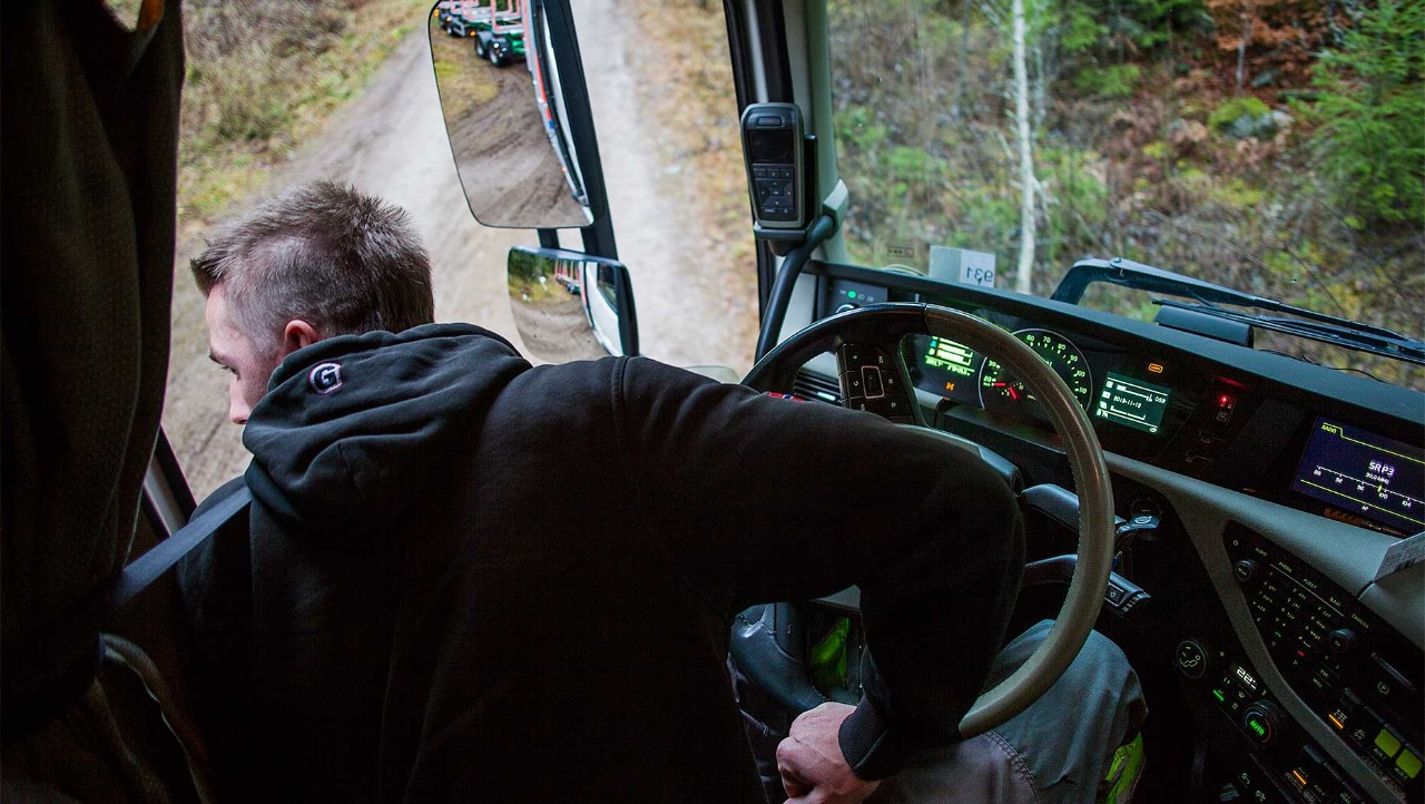 Volvo FH crawler gear control in every direction